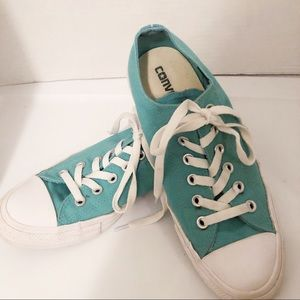 ✨Converse✨-Turquoise Low Top Sneakers